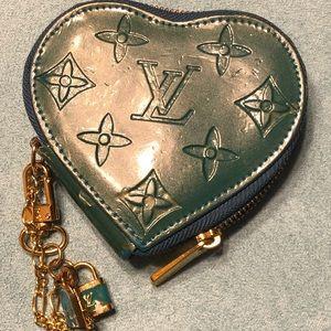 Vintage louis vuitton heart coin wallet